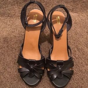 Mossimo Supply Wedge Sandal with Strap Size 9